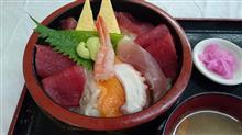 海鮮丼~今日のランチ