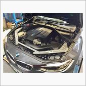 BMW M2を補強。見た目も ...