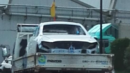 マツダの新型車両を見かける