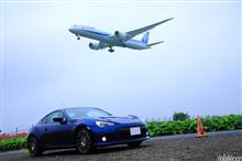雨雲空の成田空港