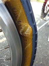 前タイヤ交換