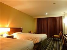 本日のお宿は? 鹿児島市内で1泊。価格は安いのに広い部屋です。