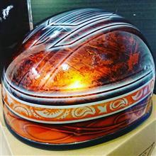 ハーフヘルメットの、塗装✨