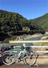 那賀川沿いを…