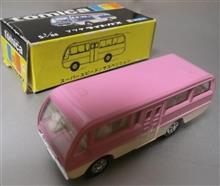 トミカ黒箱日本製のマツダライトバス(旧ホイール)です♪