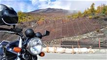 自衛隊と富士山と