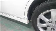 『トヨタ アイシス 左スライドドア・リヤフェンダ板金・塗装・修理』 東京都国分寺市よりご来店のお客様です。