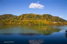 御岳湖へ紅葉撮りです