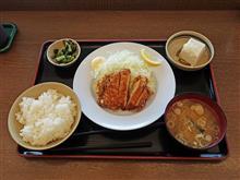 中央道上り原PA 山賊焼き定食650円