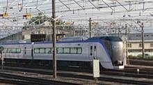 次期「スーパーあずさ」用車両、E353系電車。12月下旬から営業運転