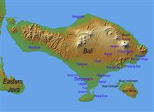 バリ島で火山噴火。