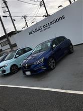 ルノーメガーヌ GT、トヨタ カムリ、日産スカイライン 試乗