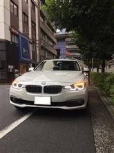 BMW 318i を代車で借りました。