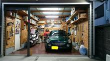 車庫の中です。