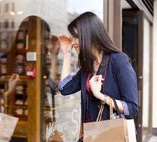 日本のショップ店員はどうして、中国のように客にまとわりつかないのか=中国メディア