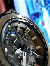 腕時計をスマホのカメラで撮っただけ。