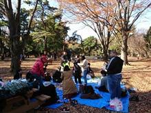 「公園でお菓子を食べて遊んで童心を思い出す会」 @代々木公園