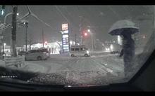 ええい、雪国のドライバーはバケモノか!
