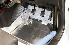 スズキ スイフトスポーツ ZC33S用 ドライバーフットレスト&ヒールアジャストプレート