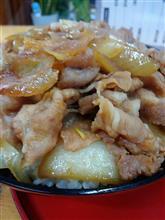 今日は「乃ざき」で「豚丼大盛り」( ˆωˆ )ニヤニヤ