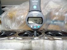 G子バルブガイドクリアランス測定&クランク測定。。。シングルハートの裏側より。。。