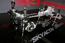 マツダ、第3世代SKYACTIVはEV匹敵のクリーンエンジンに。