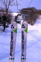 やっぱ冬はスキー!! (^_-)-☆