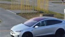 テスラを使う自動車教習所