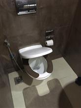 トイレ。。。