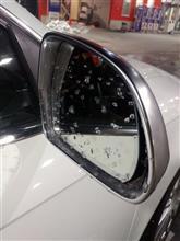洗車したら拭き取り前に凍っちゃった(笑)