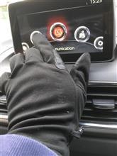 スマホ対応手袋はマツコネにも使えた