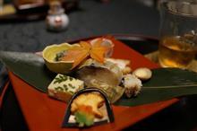 今日は珍しく懐石料理。大阪・箕面の「はんべい」に