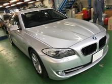 BMW F10 5シリーズ 電動テールゲート取り付け