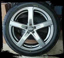 GLCのホイール&タイヤ