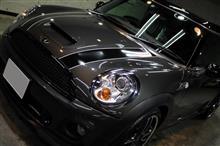 誰もが共感!綺麗な車は気持ちがいい!MINI・JOHN COOPER WORKS・CLUBMANのガラスコーティング1年メンテナンス【リボルト沖縄】