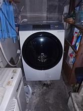 新しい洗濯機が来ました。