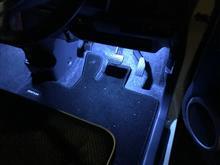 [番外編]ハスラーに足元LED 設置