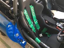 TAKATAの4点シートベルト装着〜
