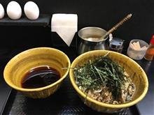 なぜ蕎麦にラー油を入れるのか。@新橋