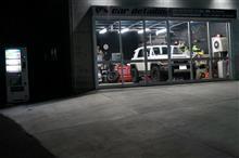 保険対応部分施工+実費 ys soecial ver.2 施工中 パジェロ 塗装面をエロく整えて1層目のガン吹き完了です!