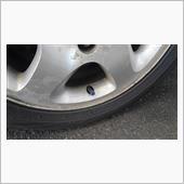 タイヤの空気圧調整。
