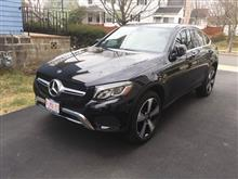 代車は GLC300 coupe