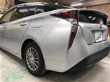 『トヨタ プリウス 左リヤドア・リヤフェンダ板金・塗装・修理』 東京都国分寺市よりご来店のお客様です。