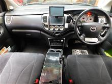 MPV 助手席クラッシュパットカーボンシート貼り付け