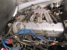 W113 ロッカーアームピンボルト交換
