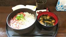 富士市でしらす丼