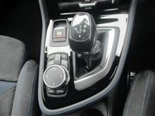 BMW225i 8速スポーツAT