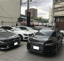 Audi S3 と Mercedes-Benz C220D