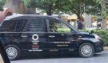 なぜタクシーはフェンダーミラーなの?