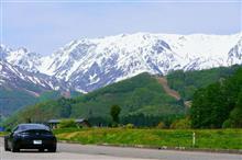 新緑と残雪の5月ドライブ